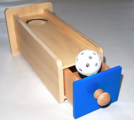 引き出し付き玉入れ|モンテッソーリ教育のおもちゃ