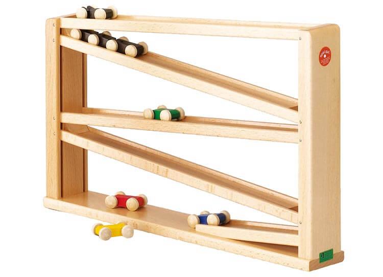 0歳向け知育玩具:クネクネバーン