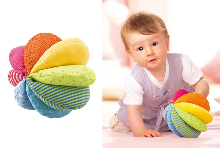 0歳向け知育玩具:クロースボール・レインボー