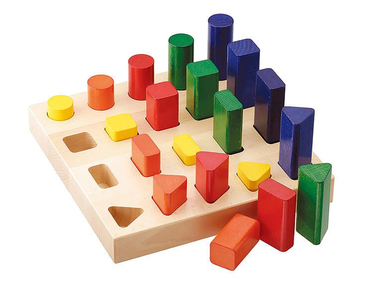2歳向け知育玩具:ジャンボなペグ立て・かたち
