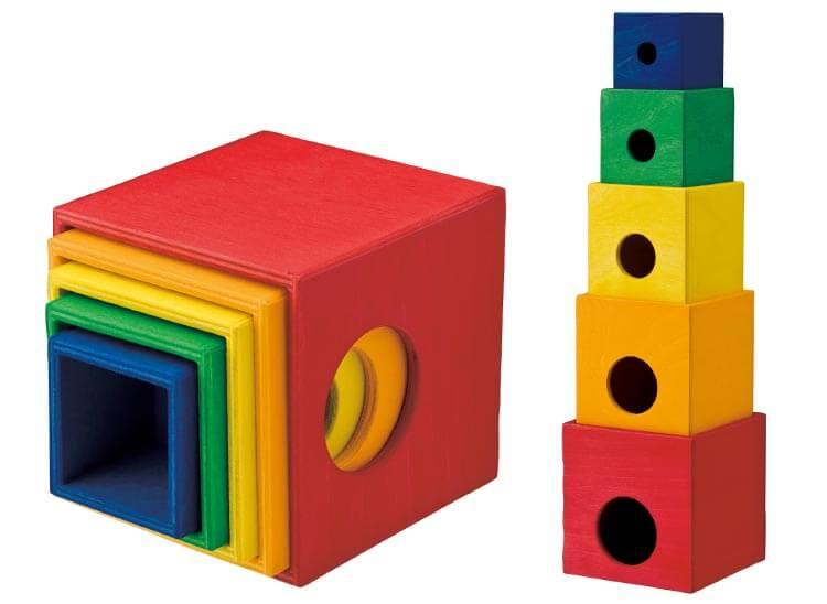 2歳向け知育玩具:スタックボックス