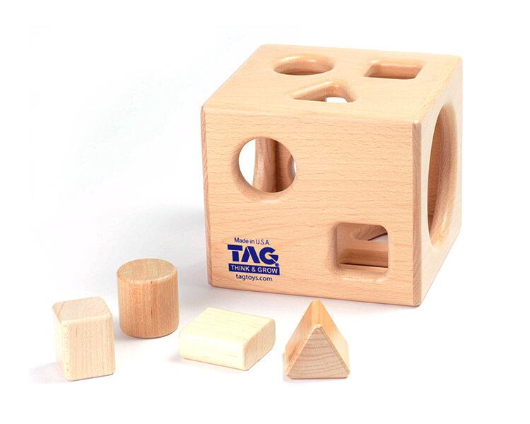形の分類と保存性の概念を理解する箱|型はめパズル