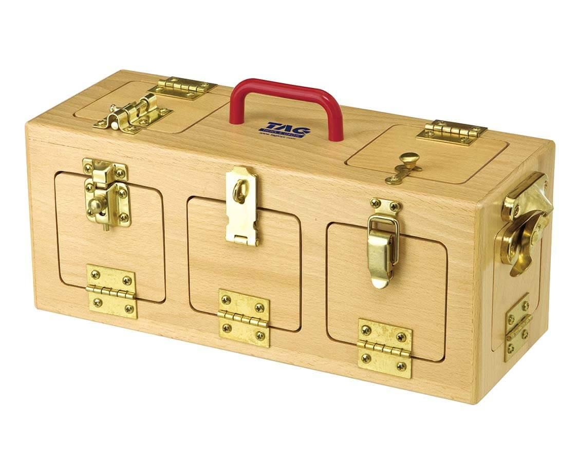 手を使って記憶するロックボックス TAG|木のおもちゃ・知育玩具