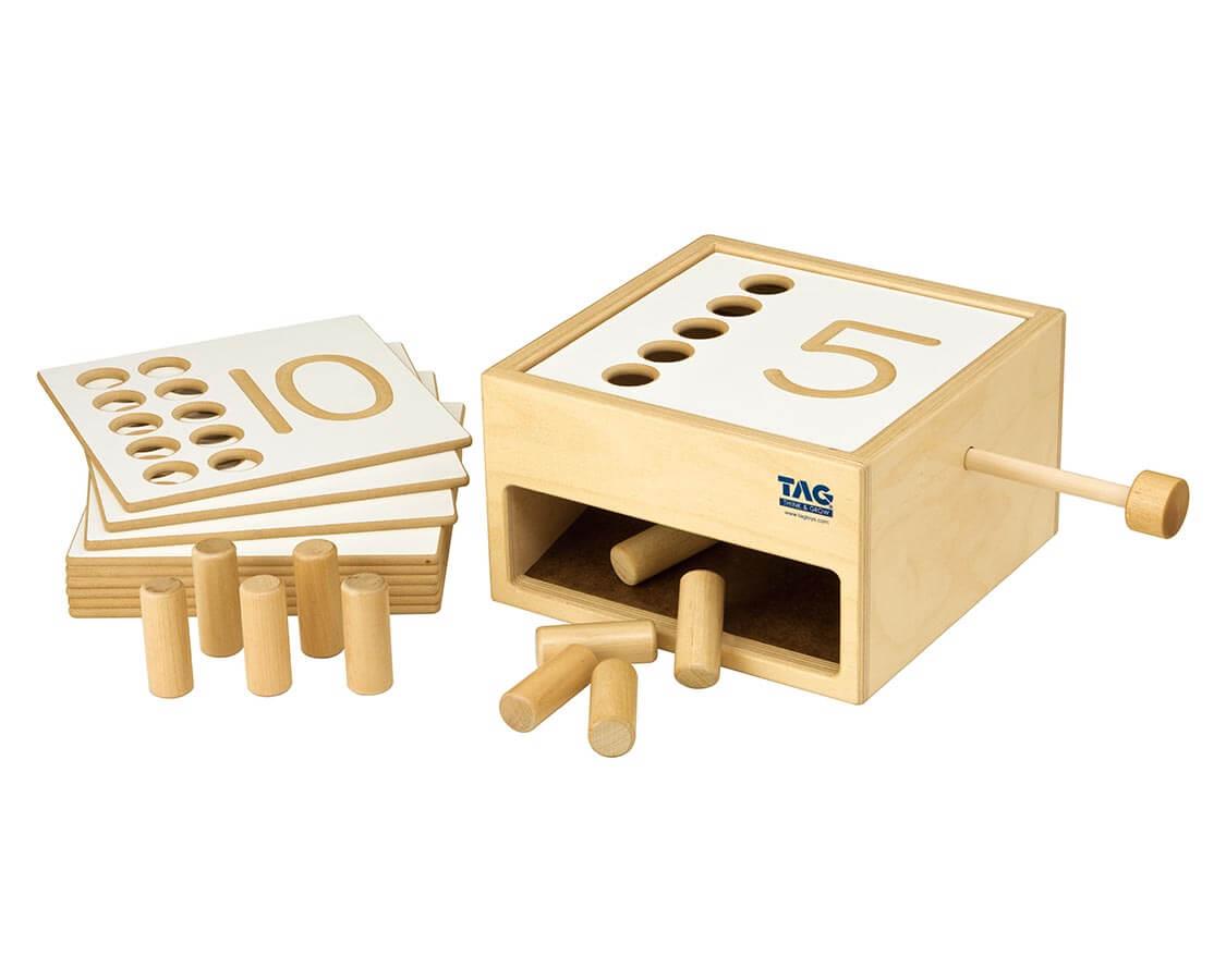 転がり落ちてくる数の箱 TAG|木のおもちゃ・知育玩具