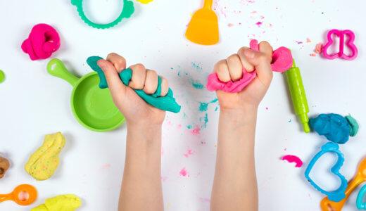 家でも遊ぼう!粘土遊びのねらいと5種の粘土のメリットとデメリット
